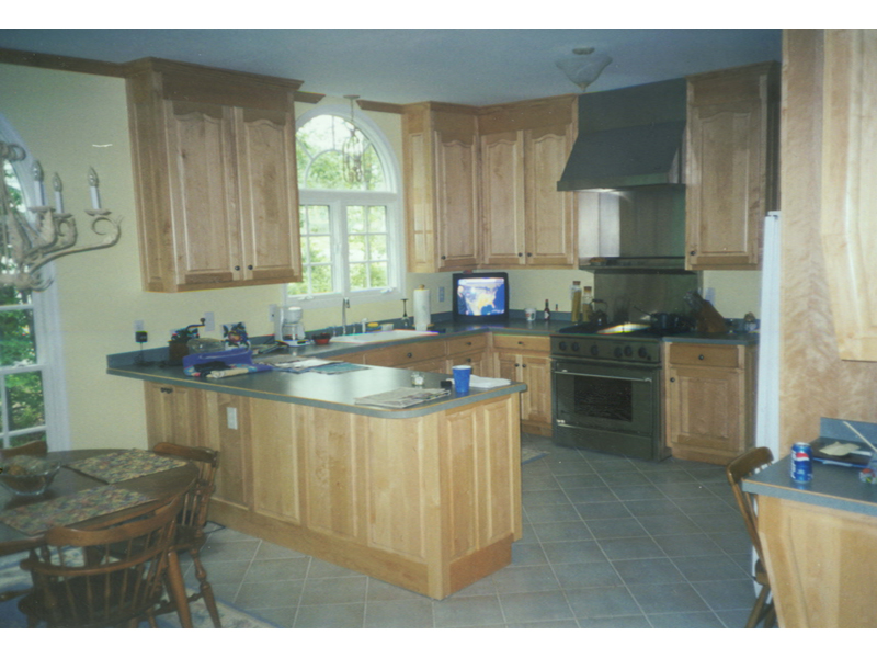 Traditional House Plan Kitchen Photo 01 007D-0006