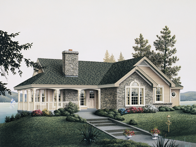 Vacation Home Plan Front of Home 007D-0068