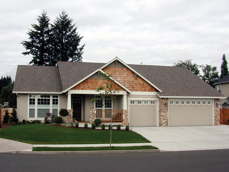 Comforting Craftsman Style Home With Invitng Front Porch