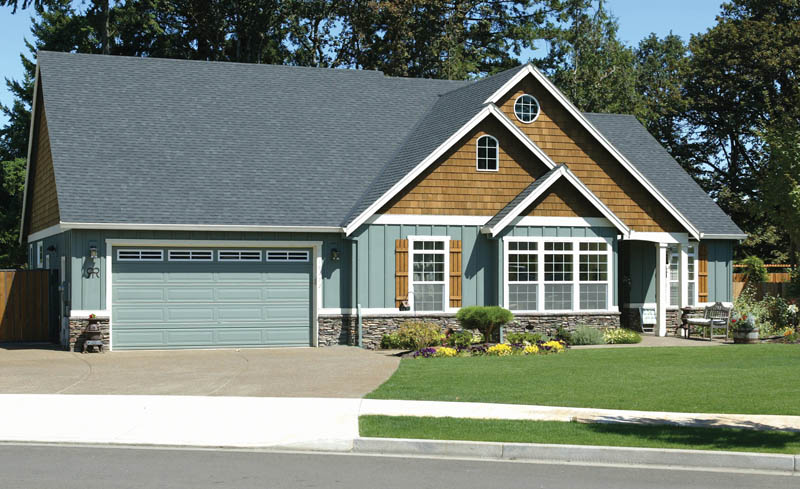 Traditional House Plan Front Photo 05 011D-0013