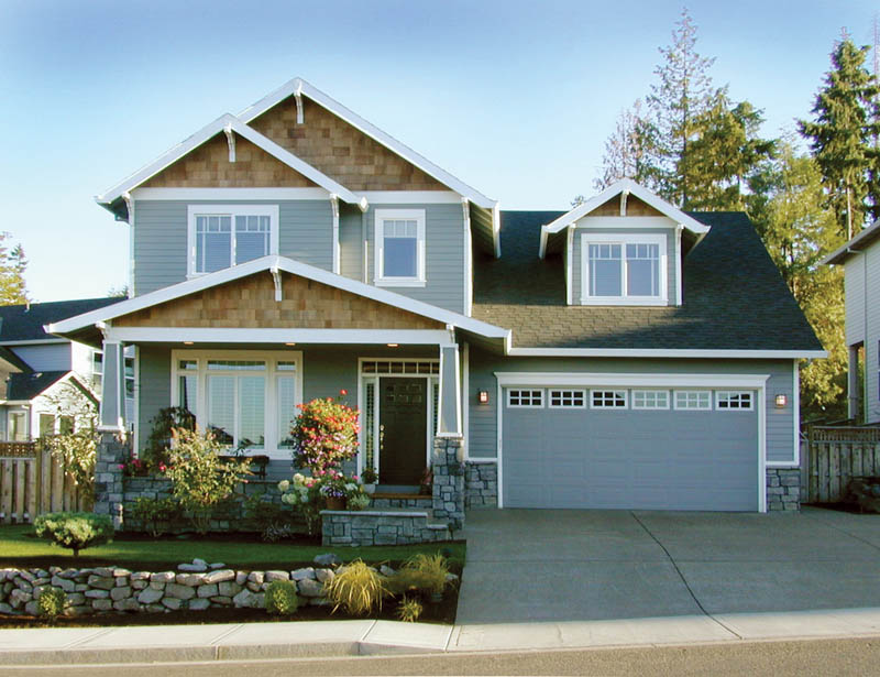 Traditional House Plan Front of Home 011D-0020