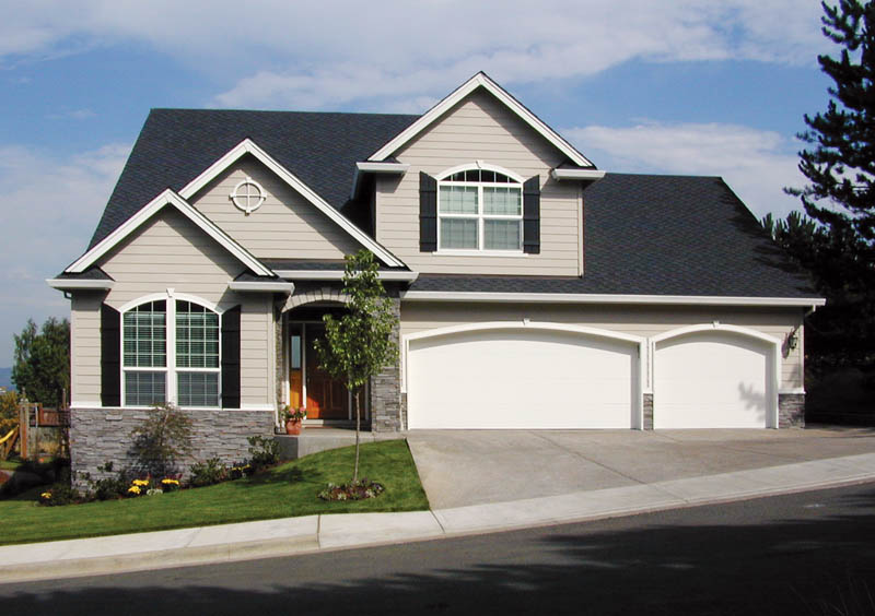 Traditional House Plan Front Photo 05 011D-0026