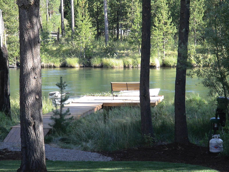 Rustic Home Plan Dock Photo 011D-0043