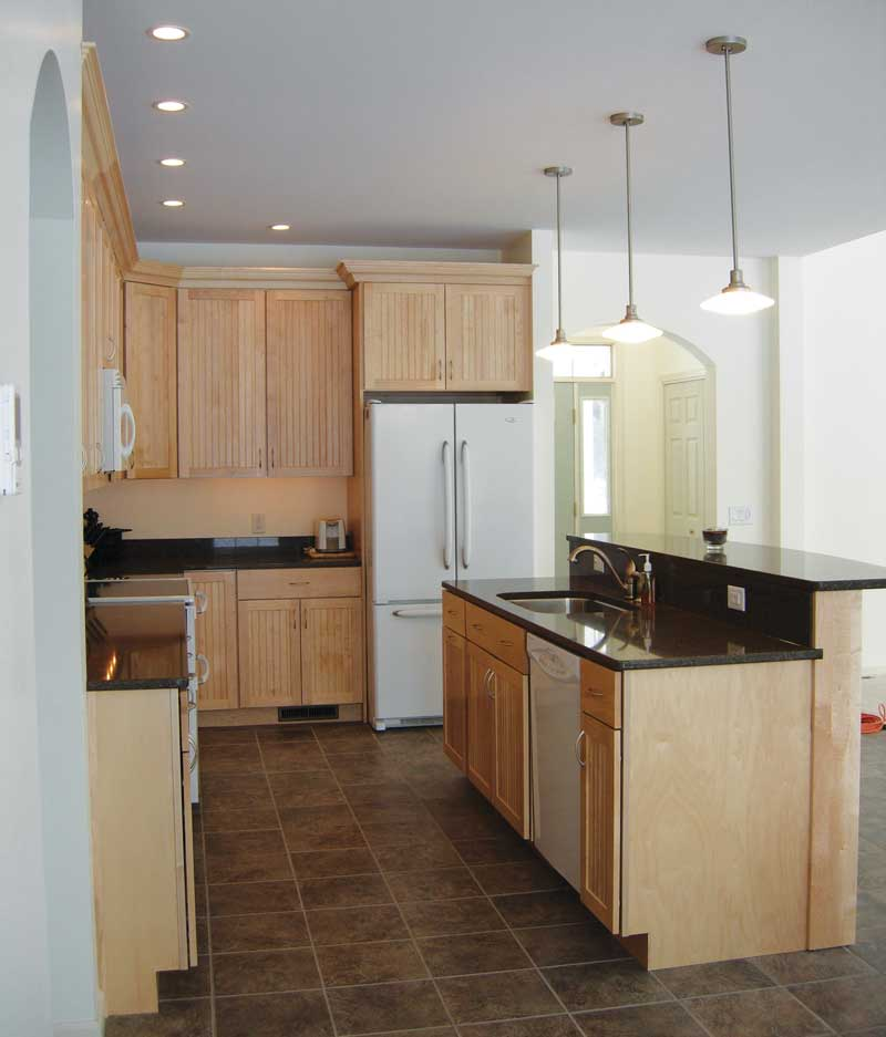 Traditional House Plan Kitchen Photo 01 011D-0046
