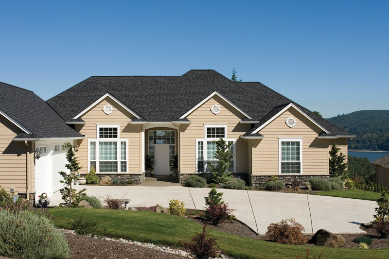 Traditional House Plan Front Photo 01 011D-0082