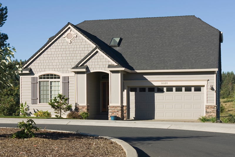 Craftsman House Plan Front of Home 011D-0085
