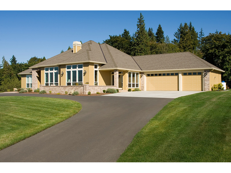 Traditional House Plan Front Photo 02 011D-0088