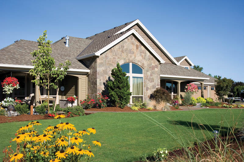 Ranch House Plan Front Photo 06 011D-0091