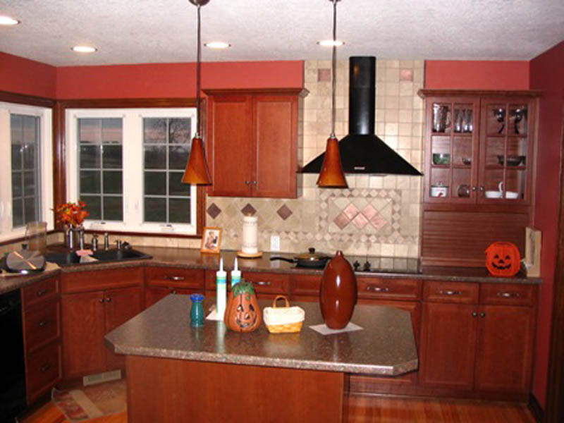 Traditional House Plan Kitchen Photo 01 011D-0097