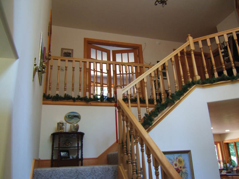 Rustic Home Plan Stairs Photo 01 011D-0103