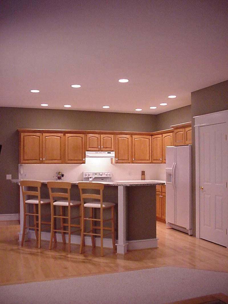 Traditional House Plan Kitchen Photo 01 011D-0112