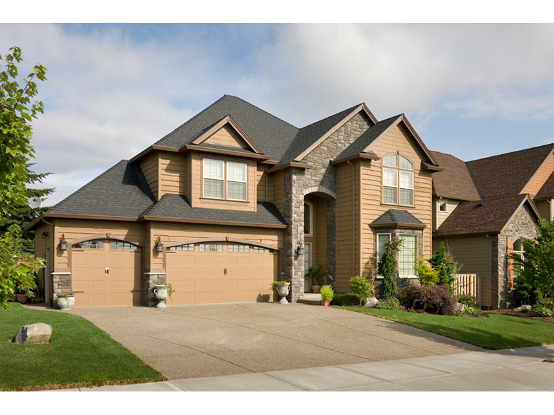 Traditional House Plan Front Photo 01 011D-0132