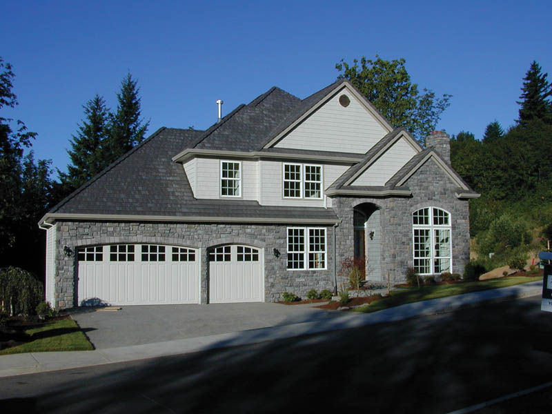 European House Plan Front Photo 02 011D-0144