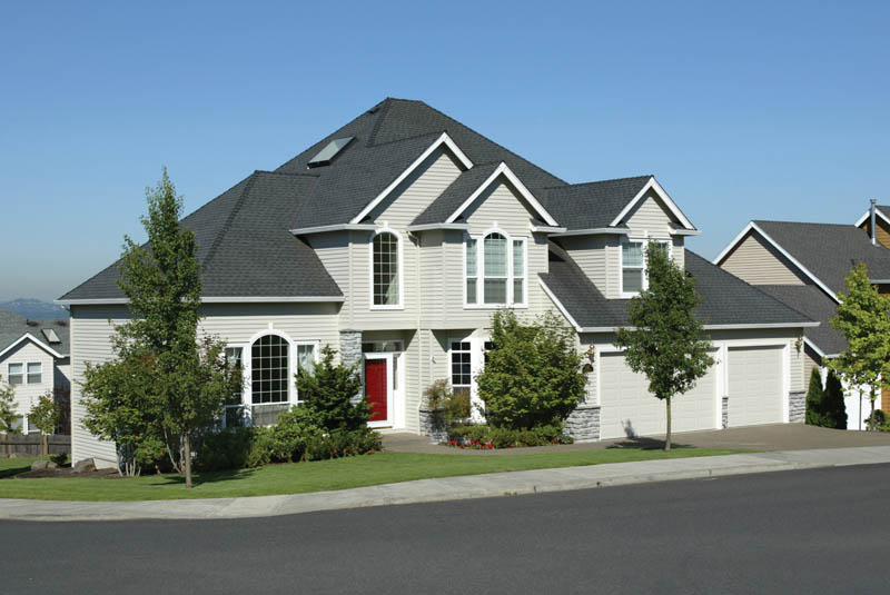 Traditional House Plan Front Photo 02 011D-0166