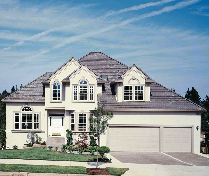 Traditional House Plan Front Photo 06 - 011D-0166 | House Plans and More