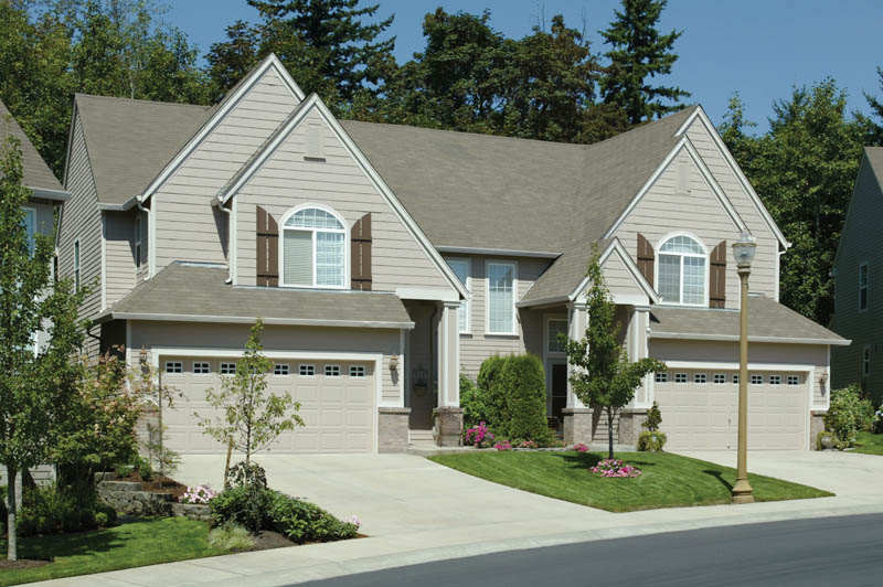 Traditional House Plan Front of Home 011D-0202