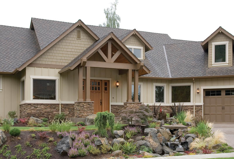 Vacation Home Plan Front of Home 011D-0220