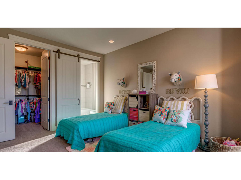 Ranch House Plan Bedroom Photo 02 - 011D-0229 | House Plans and More
