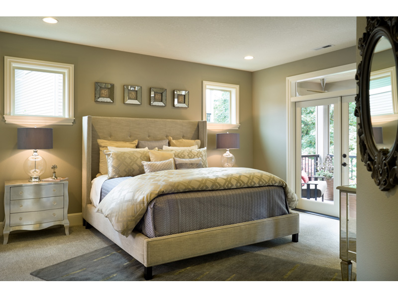 Mountain Home Plan Master Bedroom Photo 02 - Verbena Craftsman Home : Contemporary Craftsman-Style Home Plans