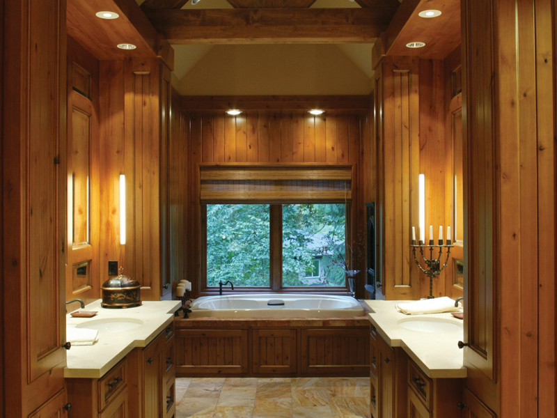 Luxury House Plan Bathroom Photo 01 011S-0001