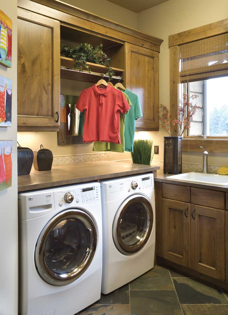 Ranch House Plan Laundry Room 01 011S-0001