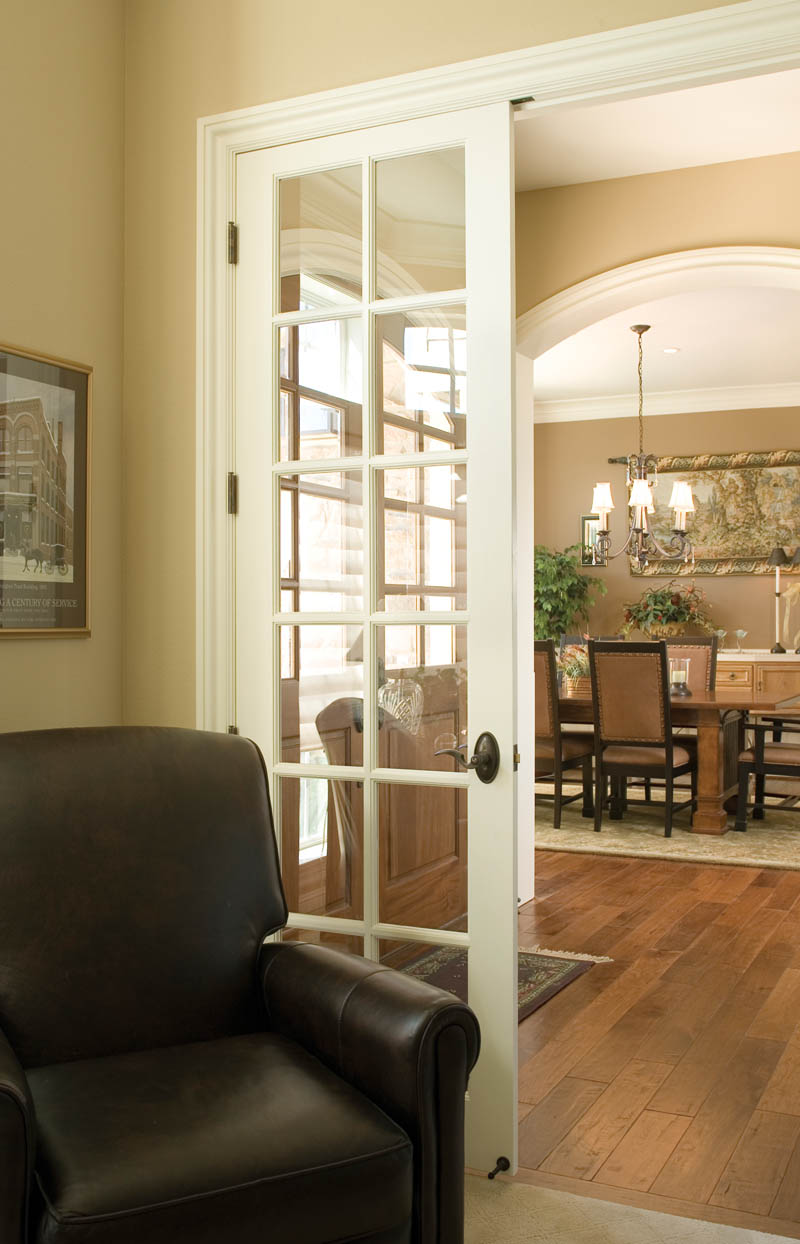 European House Plan Dining Room Photo 02 011S-0002
