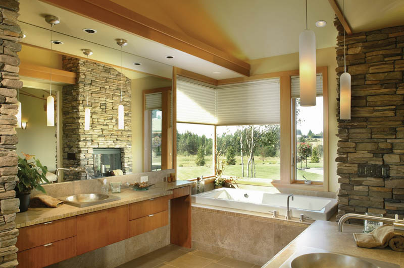 Prairie style floor plan master bathroom photo 02 plan for Ranch bathroom design