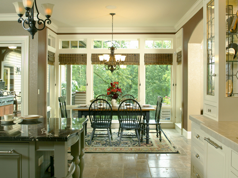 European House Plan Dining Room Photo 02 011S-0004