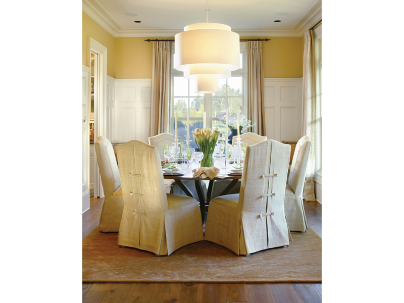Luxury House Plan Dining Room Photo 02 011S-0005