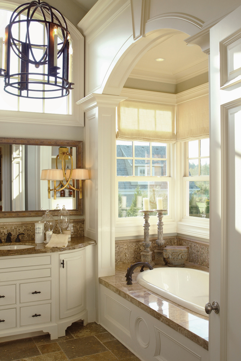 Luxury House Plan Master Bathroom Photo 01 - 011S-0005 | House Plans and More