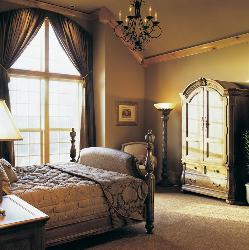 Country French Home Plan Master Bedroom Photo 01 011S-0016