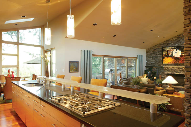 Contemporary House Plan Kitchen Photo 01 011S-0018