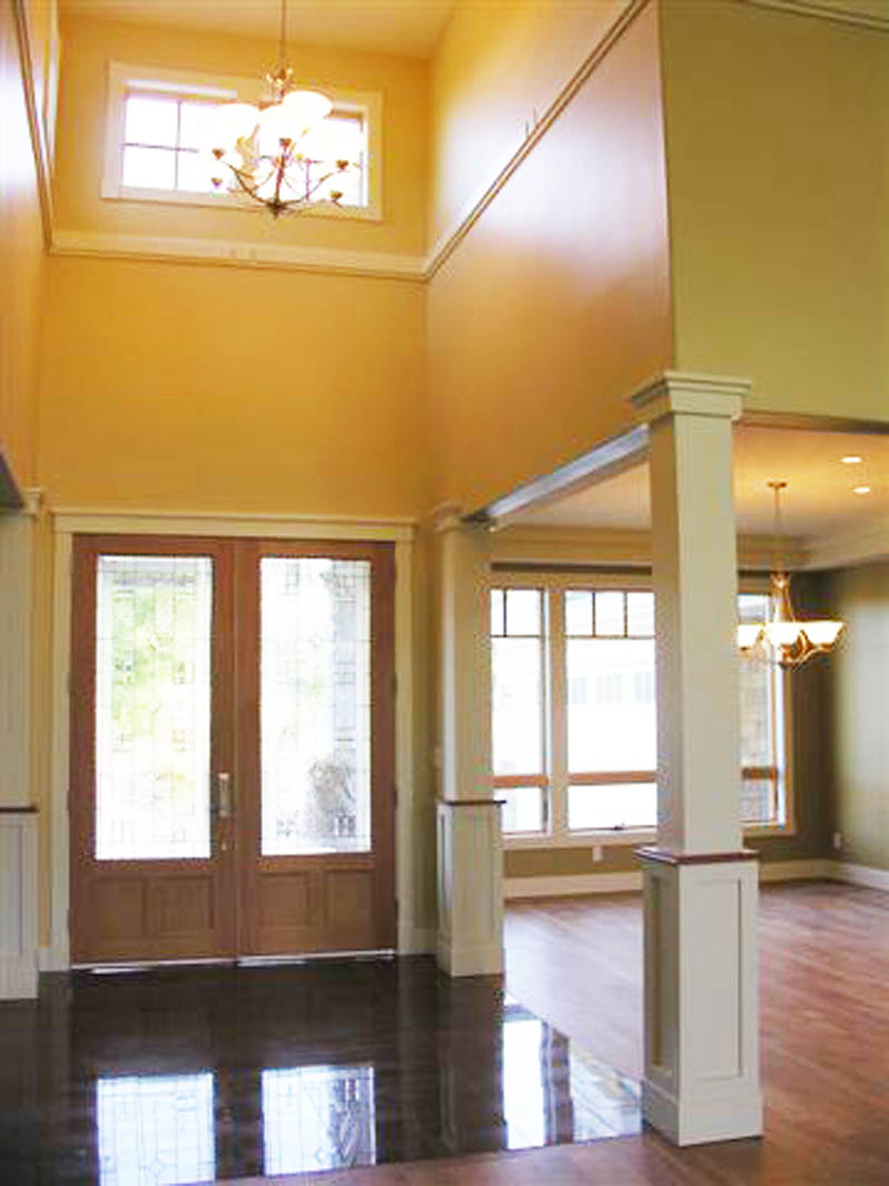Craftsman House Plan Foyer Photo 011S-0033