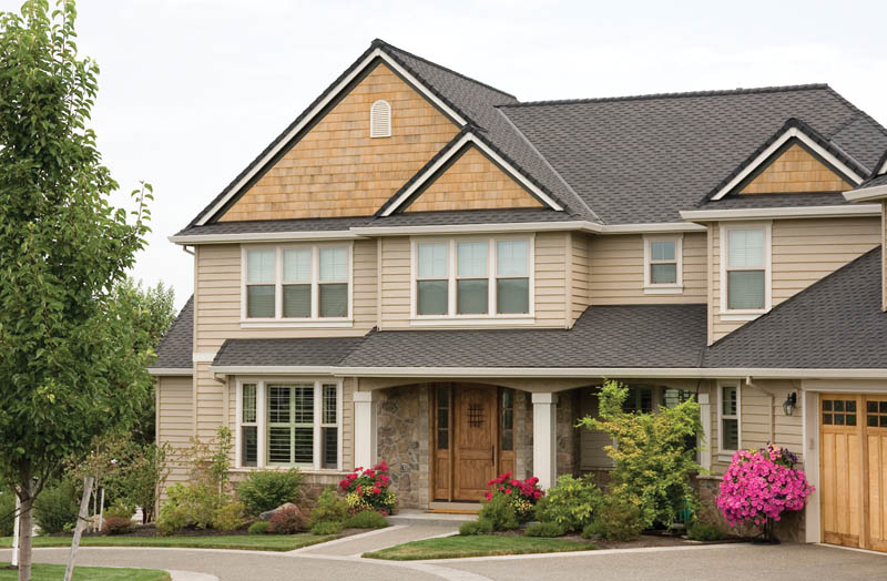 Traditional House Plan Front Photo 02 011S-0034