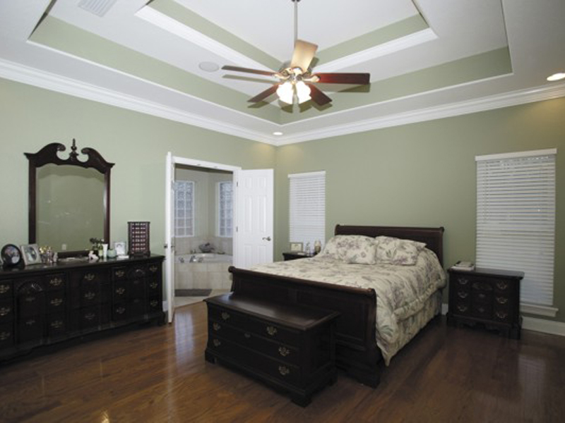 Ranch House Plan Master Bedroom Photo 01 013D-0015