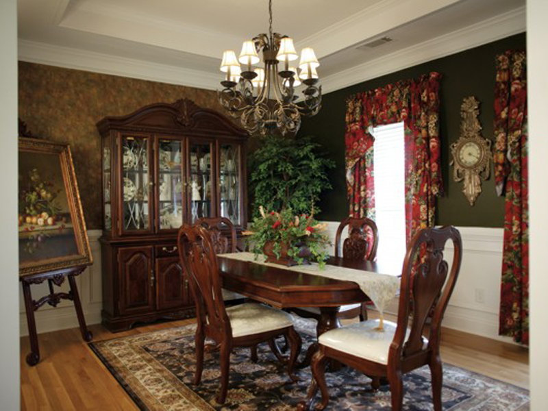 Acadian House Plan Dining Room Photo 01 013D-0022