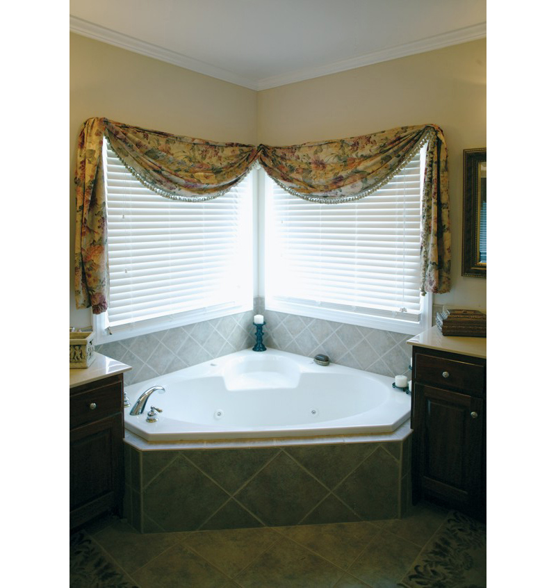 Ranch House Plan Master Bathroom Photo 02 013D-0022