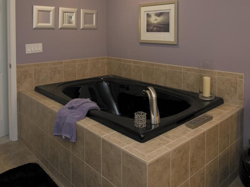 Ranch House Plan Bathroom Photo 01 013D-0032