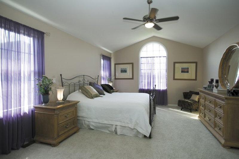 Ranch House Plan Master Bedroom Photo 01 - 013D-0032 | House Plans and More
