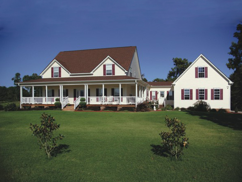 Farmhouse Plan Front of Home 013D-0039