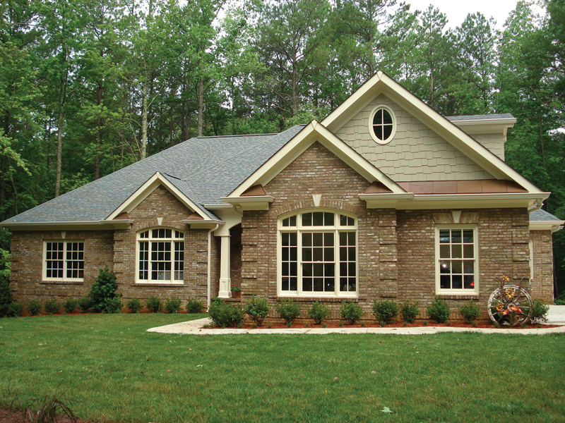 Traditional House Plan Front Photo 03 013D-0053