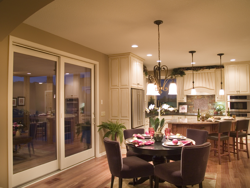 Traditional House Plan Dining Room Photo 01 013D-0179