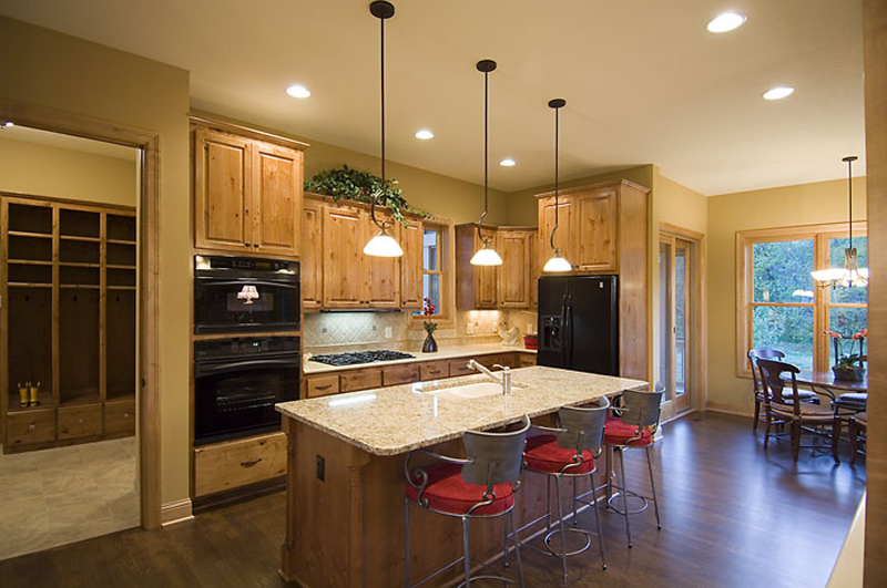 Prairie Style Floor Plan Kitchen Photo 01 013D-0188