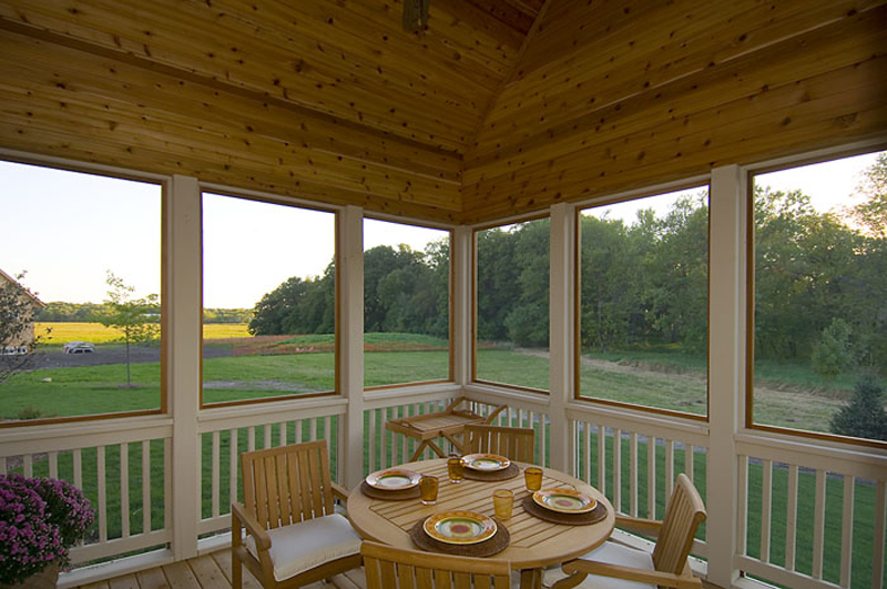 Prairie style floor plan screened porch photo 01 plan 013d 0188 house plans and more Screened porch plans designs