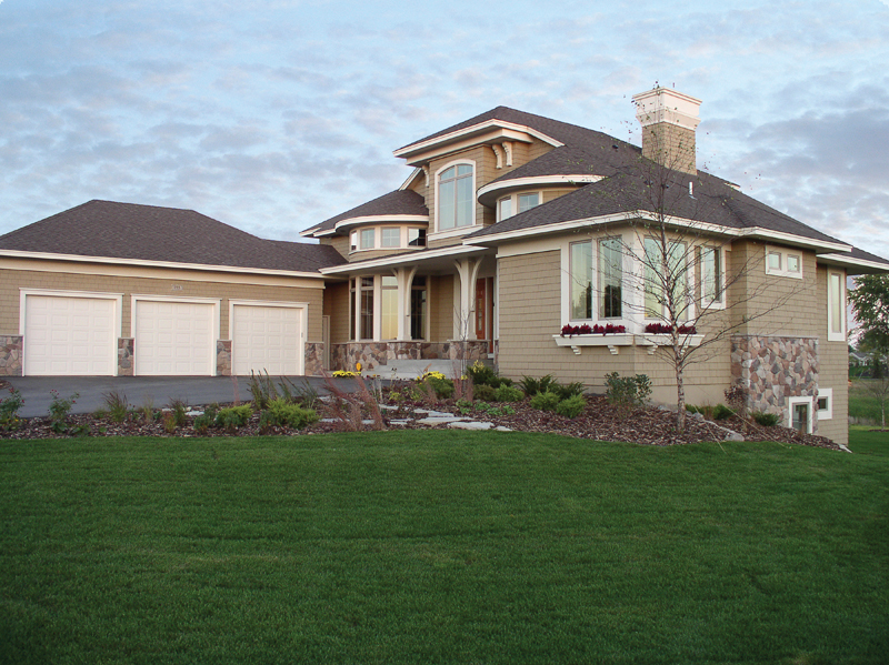 Prairie Style Floor Plan Front Photo 01 013S-0003