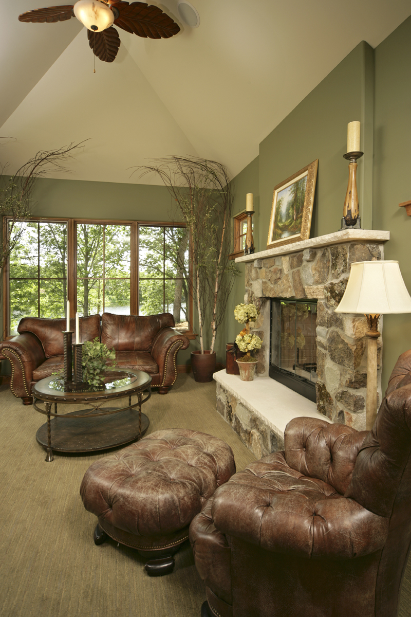 Prairie Style Floor Plan Living Room Photo 02 013S-0004