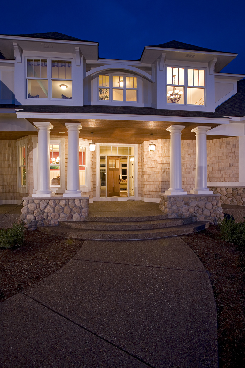 Prairie Style Floor Plan Front Night Photo 02 013S-0008