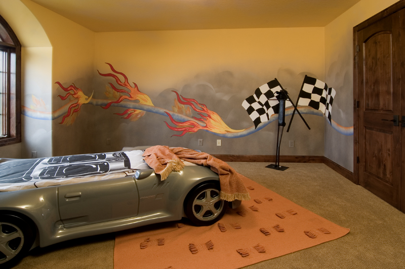 Arts and Crafts House Plan Bedroom Photo 01 013S-0009