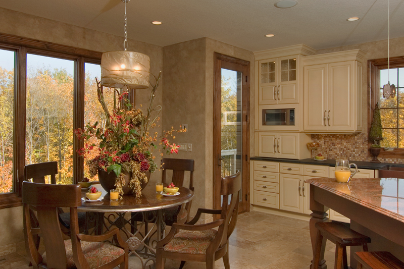 Prairie Style Floor Plan Kitchen Photo 04 013S-0009