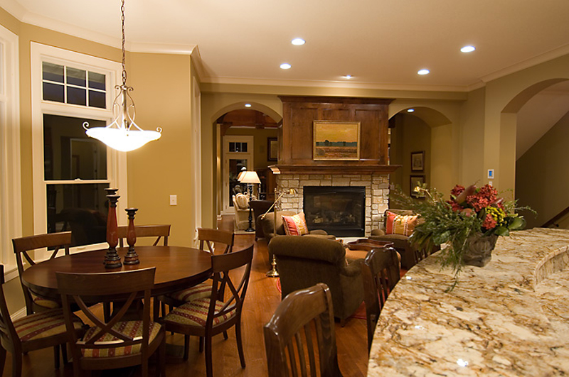 Prairie Style Floor Plan Family Room Photo 01 013S-0010